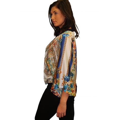 Arabella Blouse By Wearing Klamby arabella velvet kimono parisia fashion