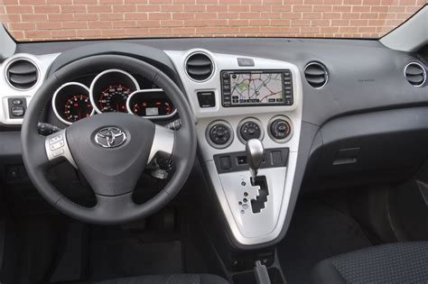 how does cars work 2009 toyota matrix interior lighting 2009 13 toyota matrix consumer guide auto