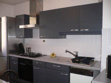 peinture pour une cuisine la peinture carrelage au secours du home staging cuisine