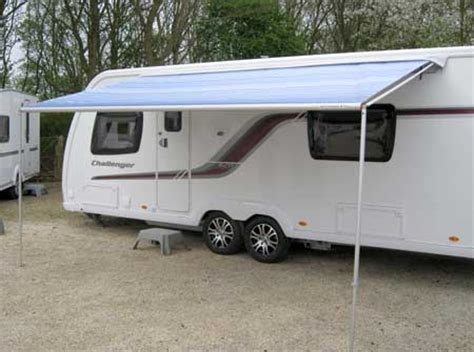 roll out caravan awnings fiamma vs thule vs