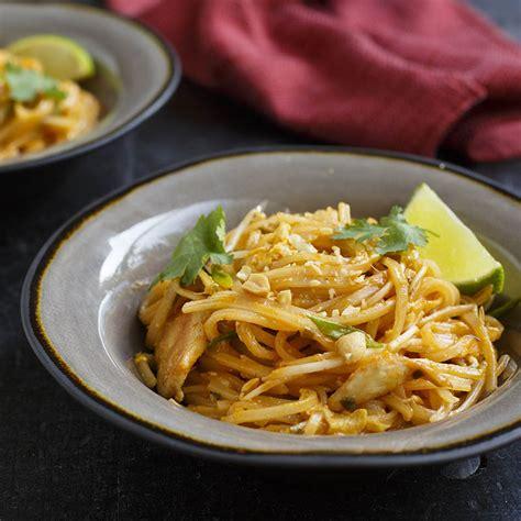 Thai Kitchen Pad Thai by Easy Chicken Pad Thai Thai Kitchen