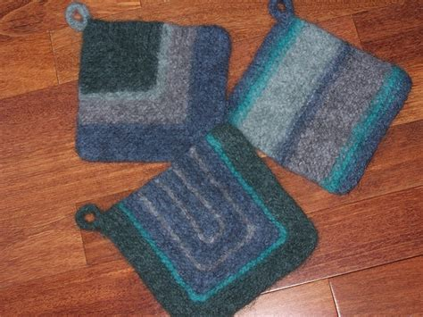 what is felting in knitting 13 best images about knit pot holder oven mitts on