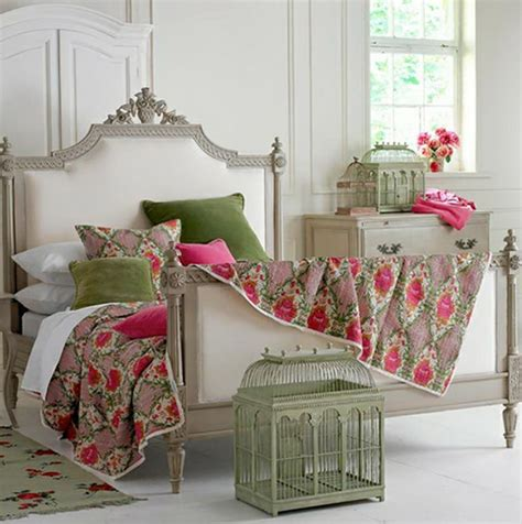 Home Decor Bird Cage by Deco Vintage Un Brin Romantique Avec Des Voli 232 Res Design