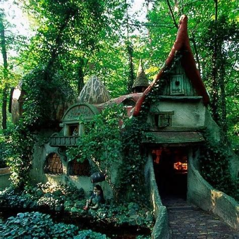 hobbit house new zealand fairy tale scenery pinterest 17 best images about hobbit house on pinterest new