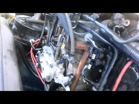 how to tell if your plenum pan gasket 94 01 dodge 5 2 5 9 hughes performance plenum fix 1 of 2 youtube
