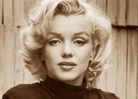 Marilyn Kroc Also Search For Kroc S Marilyn Kroc