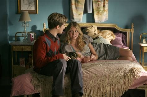 jenny humphrey bedroom gossip girl connor paolo as eric van der woodsen and