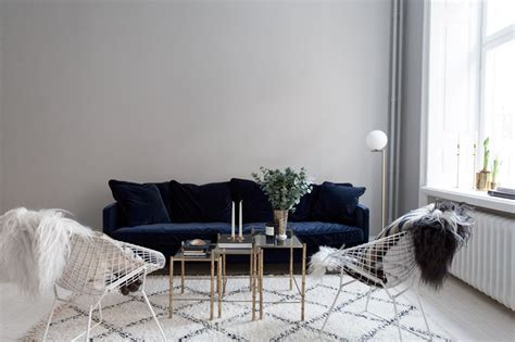 the perfect couch the perfect blue velvet couch fashion squad
