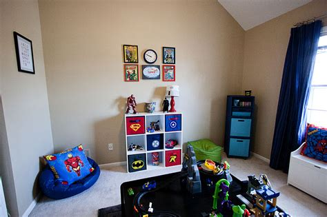 super hero bedroom since i ve been planning on making the playroom superhero