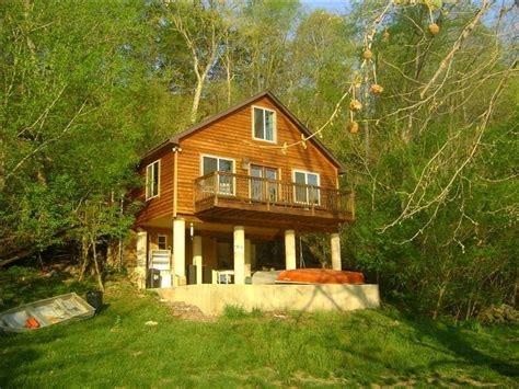 Cabins For Rent Shenandoah Valley by Luxury River Cabin On The Bank Of The Shenandoah