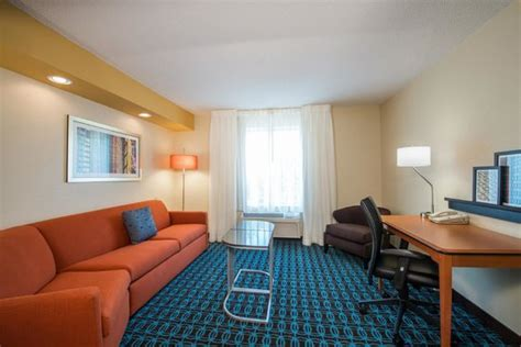 hotels with separate living room king suites separate living room area picture of fairfield inn suites indianapolis
