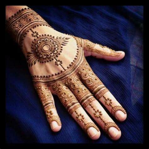 lovely work using henna designs by uk artist humna mustafa 1000 ideas about beautiful mehndi design on pinterest