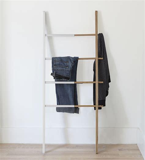 store hub towel ladder