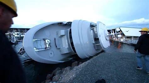 boat r rage youtube 90 long range motor yacht sinks at launch youtube
