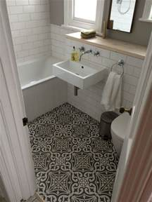 Best Bathroom Flooring Ideas by Best Ideas About Bathroom Floor Tiles On Backsplash Small