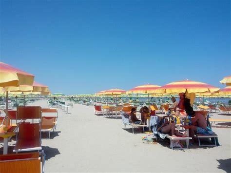bagno 39 rimini spiaggia picture of bagno 39 cigno viserbella tripadvisor