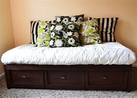 Daybed With Trundle And Storage with White Daybed With Storage Trundle Drawers Diy Projects