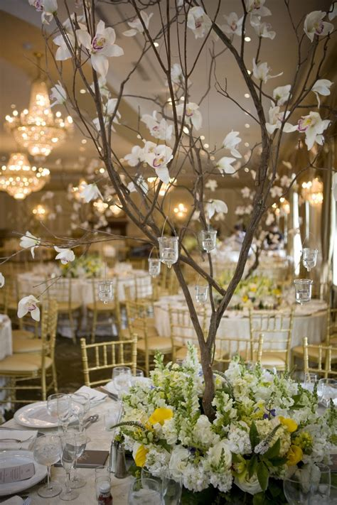tree centerpiece the centerpiece summer wedding at rockleigh country