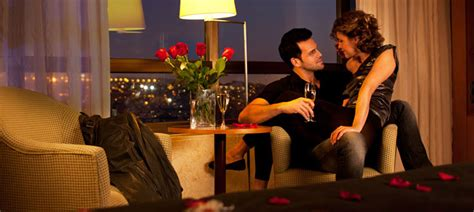 imagenes de parejas romanticas en la noche 8 tips para tener una incre 237 ble noche rom 225 ntica wishbird