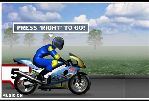 dimension garage jeux de moto