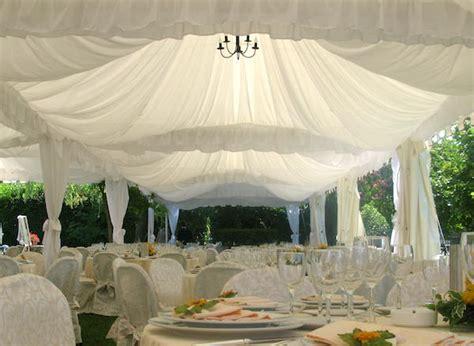 allestimento gazebo matrimonio matrimonio all aperto ombrelloni gazebo o tensostrutture