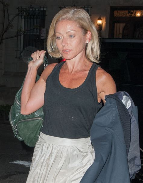 Did Ripa Out by Ripa Arrives At Home In New York 04 25 2016