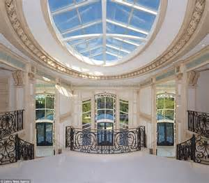 rooms in mansions beverly mansion by max whittier has 38 rooms and a garage for 40 cars daily mail