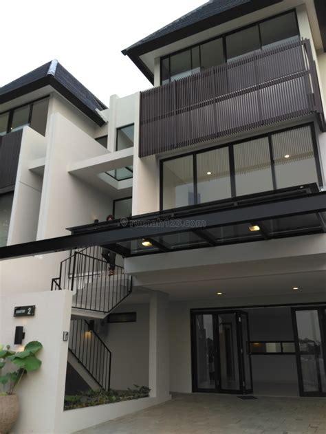 Jual Minyak Bulus Di Jakarta Timur rumah dijual 3 lantai 3 kamar hos2661739 rumah123