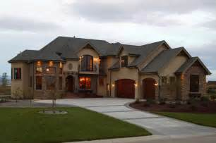 images of houses that are 2 459 square luxury plan 5 711 square feet 5 bedrooms 4 5 bathrooms