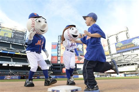 44 Best Mr Images On by 44 Best Mr Met Images On New York Mets