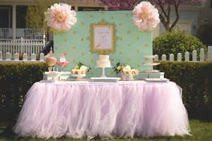 pale pink tutu table skirt