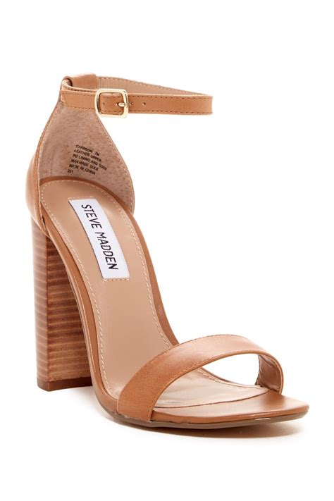 7 Must Sandals by A Must For Summer An Pair Of Steve Madden