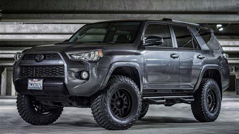 toyota 4runner lifted 2017 toyota pinteres