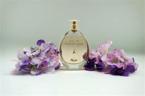 Parfum Molto dari pelembut pakaian kini ada parfum molto daily