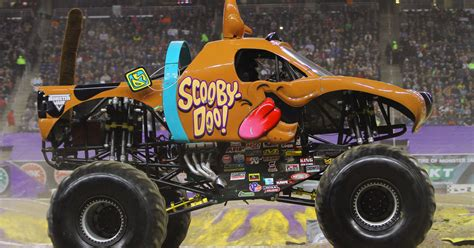scooby doo jam truck mahon drives scooby doo to the 2015 rookie of the
