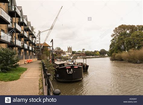 thames river near hounslow old isleworth stock photos old isleworth stock images