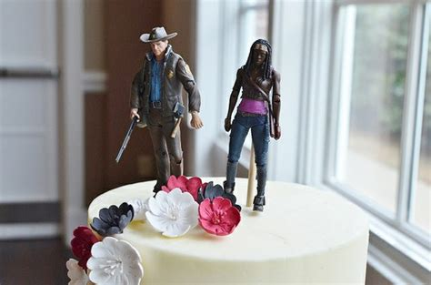 Walking Dead Cake Decorations by The Walking Dead Supplies