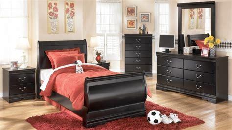 huey vineyard bedroom set huey vineyard bedroom set from ashley b128 77 74 98
