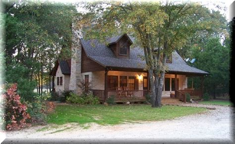 Cabins In Canton Tx by Backwoods Getaway A Luxury Rental Cabin Vrbo