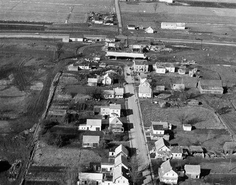 vue aerienne dun village pres de montreal