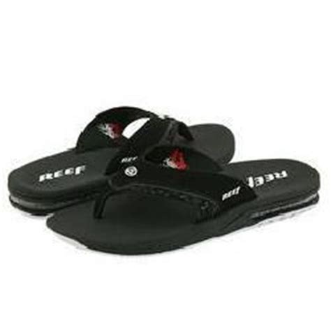 reef sandals with flask reef dram bobby dram sandals flasks for and sandals