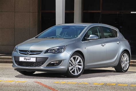 opel 2014 models opel astra 1 4t essentia 2014 new car review