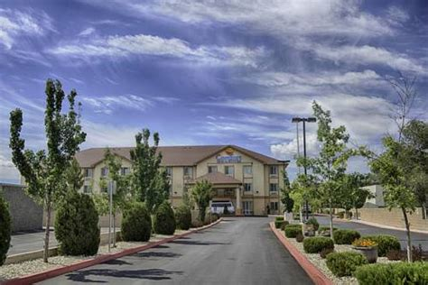 comfort inn reno hotels near willow springs center glendale nevada roadnow