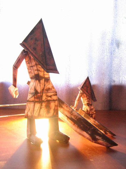 Papercraft Pyramid - pyramid helmet paper crafts
