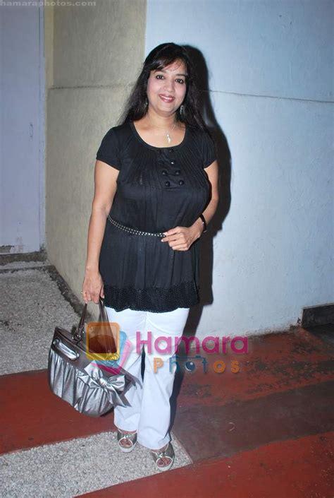 actress sheela sharma photos sheela sharma at swastik pictures tv bash in sheesha