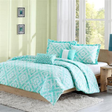 Beautiful 5pc Blue Teal Aqua Green Modern Chevron Stripe Teal Bedding For