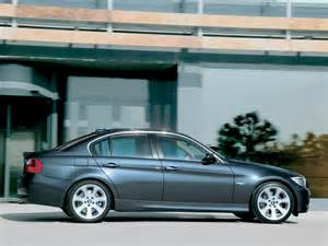 2006 bmw 330i side speed 1024x768 wallpaper