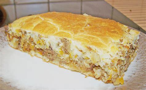 rezept herzhafter kuchen herzhafter kuchen mit wei 223 kohl hackfleisch f 252 llung rezept mit bild chefkoch de