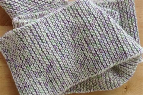 basic knit stitch garter stitch scarf pattern
