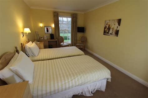 bedrooms first first floor ensuite bedroom at hunters moon hotel